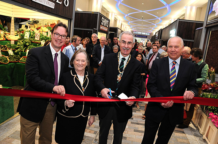 News-Cutting the ribbon
